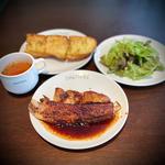 スペアリブセット (サラダ・スープ・ライスorパン・コーヒーor紅茶 付)