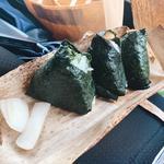 おむすび(豚角煮、青高菜、辛子明太子)