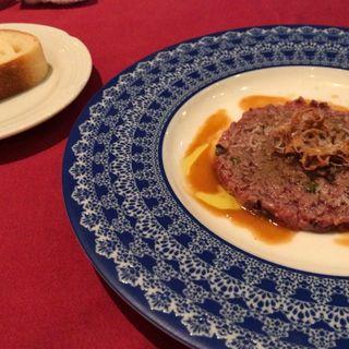 牛肉のタルタルステーキ(カルネヤサノマンズ )