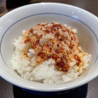 セルフスパイシー背脂ライス(柳麺まる重)