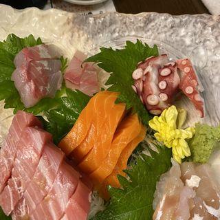 刺身盛り合わせ(野崎酒店)