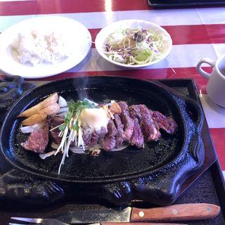名物ビフテキ+ライス・サラダ・スープセット