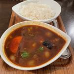 スープカレー 黒 野菜 2辛