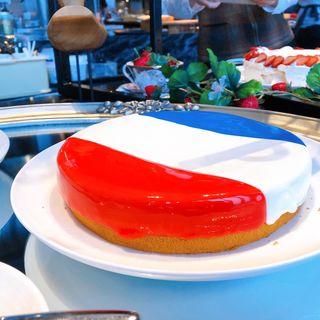 Travel 4 Strawberries」」~世界を旅するストロベリースイーツビュッフェ~(コンラッド大阪)