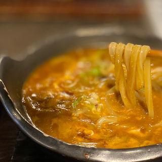 土鍋カレーうどん(温玉・ご飯・香の物付)
