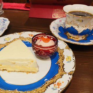 レアチーズケーキ(アメ横ダンケ 上野 )