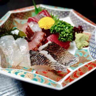 お造り盛合わせ 梅(活魚料理 いなさ)