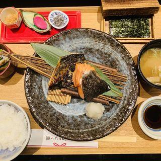 季節の焼き魚二種盛りの銀シャリ御膳(銀座米料亭 八代目儀兵衛 )