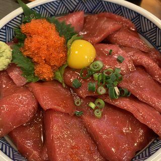 マグロ赤身丼(おか田 (おかだ))