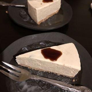 チーズケーキ(記念日-食と酒と祝いの店-)