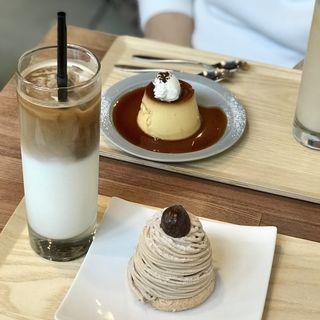 アイスカフェラテ (サンワ コーヒー ワークス (SANWA COFFEE WORKS))