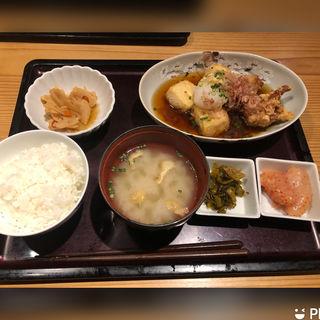 本日の定食(博多もつ鍋 やまや 御堂筋本町 )