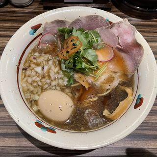 魚香る味玉生醤油そば(麺とカフェ処 悠然かしや)