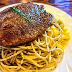 牛肉の薄切りステーキ