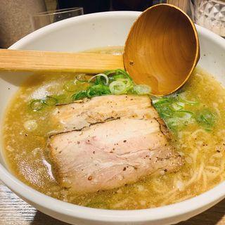 元祖鶏ガラとんこつスープ 屋台味ラーメン(よってこや 新宿南口店 )