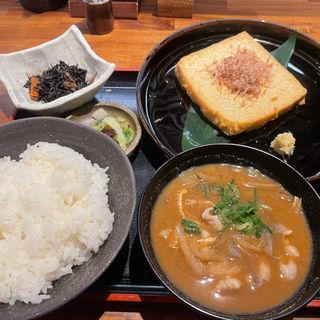 揚げたて厚揚げ定食(珍竹林 なんば店 (ちんちくりん))