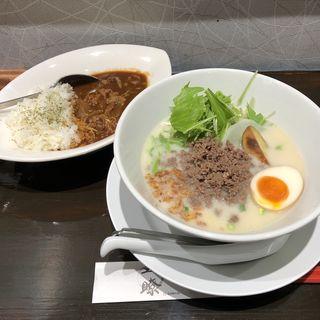 五瞭セット 牛骨白湯コムタン並(拉麺五瞭)