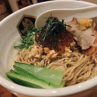 イクラと燻製炙りキングサーモンの油そば(真鯛らーめん 麺魚 )