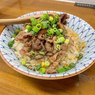 カルビチャーハン(竹末食堂 )