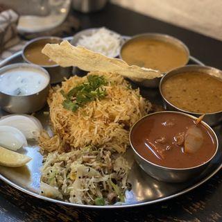 カレー3種とビリヤニセット(南インド料理 bodhi sena)
