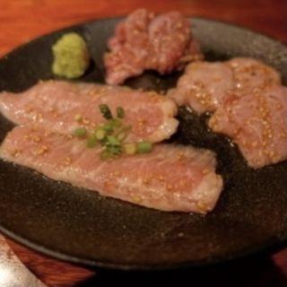 ホルモン3種(塩)(炭火焼ホルモン ぐう はなれ)