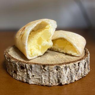 卵のクリームパン
