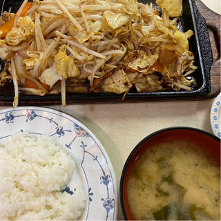 鉄板焼定食 豚肉(はと屋 (ハトヤ))