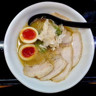 鶏らーめん 味玉チャーシュー(らーめん製作所 奏)