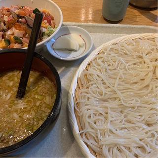 七蔵特製スープつけ麺(中) ミニ丼ぶりセット(七蔵 (ななくら))