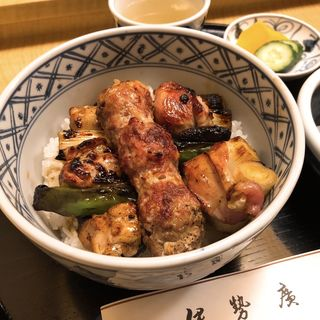 焼き鳥丼(伊勢廣 銀座五丁目店)