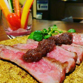 極コース メイン 北海道産サロマ和牛グリル スティック野菜添え(さつま極鶏専門店 だいまおう)
