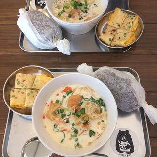 台湾おにぎり朝ご飯(倉商店)