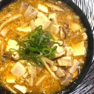 明星 中華三昧 赤坂榮林 酸辣湯麺(明星食品株式会社 札幌営業所)