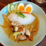 鶏肉のグリーンカレー(THAIFOOD DINING マイペンライ 名駅店)