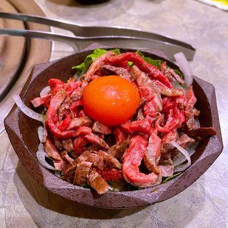 和牛ローストビーフ ユッケ風(大衆肉料理 大幸 )