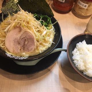 ネギラーメン(横浜家系ラーメン 町田商店 広瀬通り店)