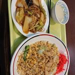 鶏レタスチャーハン
