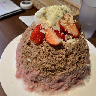 バレンタイン限定かき氷(ボンヌ カフェ 十条店 (Bonnel Cafe))