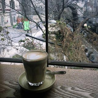 カフェラテ(オニバスコーヒー 中目黒店 (ONIBUS COFFEE NAKAMEGURO))
