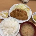 ロースかつ定食(山家 上野店)
