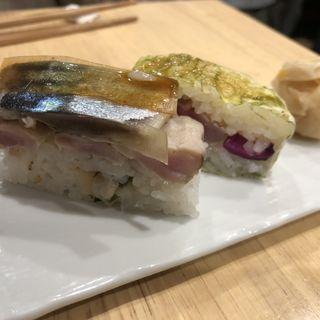 バッテラ(1貫)(立呑やいしもん梅田店)