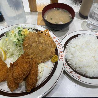 ミックスフライト カキフライ(キッチンABC 西池袋店 (キッチンエービーシー【旧店名】れすとらんABC))