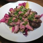 猪のグリル、ニンニク風味のサルサヴェルデ