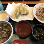 ミニ丼膳(レストラン庄屋 古賀店)