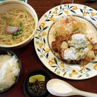 宮崎風チキン南蛮セット(はかたきねやうどん原田店)