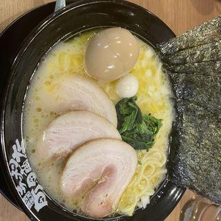 (横浜家系ラーメン 町田商店 泉バイパス店)