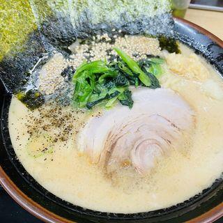 豚骨醤油ラーメン(松田家 日本橋室町店 )