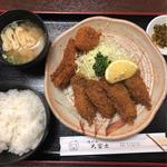 カキフライ定食 (魚フライ クリームコロッケトッピング)
