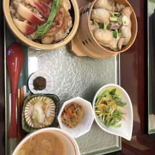 ハーフセット(ホッキ飯&カキ飯)(あら浜 亘理店)