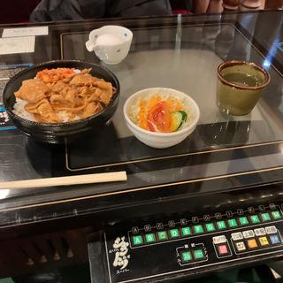 ぶたみそ丼 ドリンクセット(cafe DALI (カフェ ダリ))